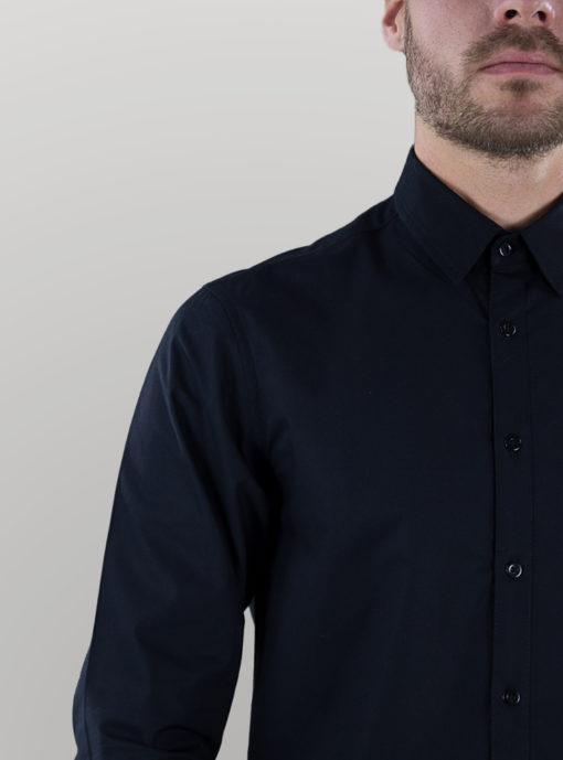 men_shirt_black_neck